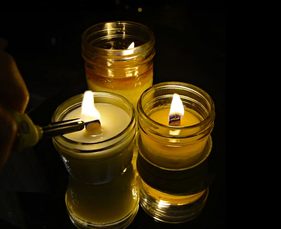 Ori - EMBERS - Soy wax candle with organic wooden wicks - Made in Canada