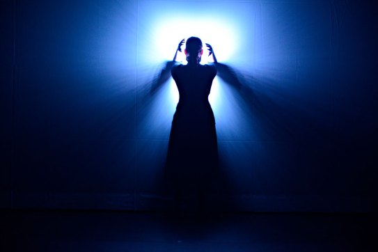 NIGHT OWLS - Collectif CHA [ David-Alexandre Chabot & Paul Chambers ] - Conception et mise en scène Paul Chambers, David-Alexandre Chabot Interprétation Annie Gagnon Conception sonore David Albert-Toth