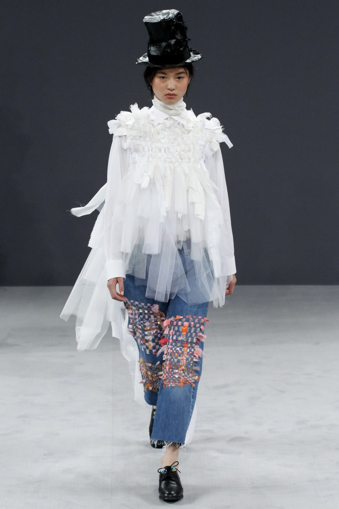 viktor_rolf_couture_fall_2016_9