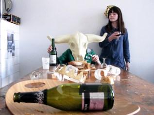 lara hugo table