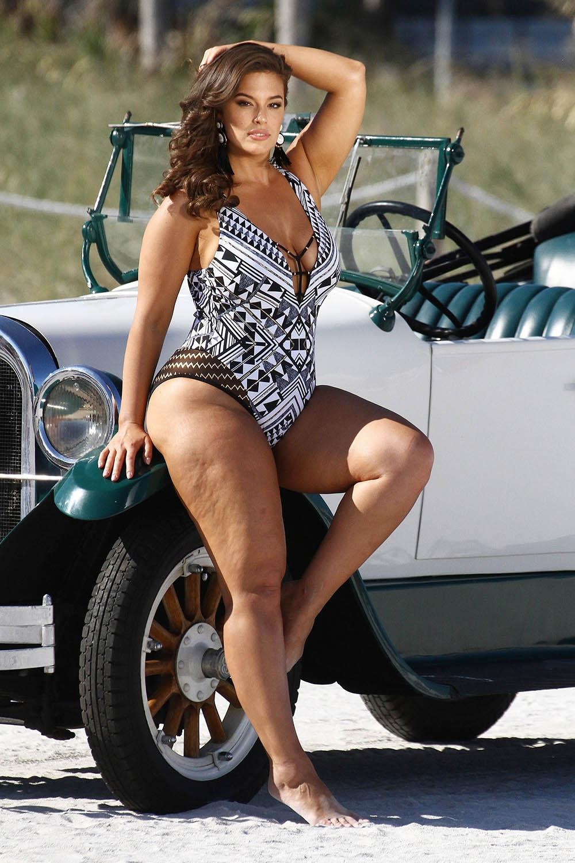 Ashley Graham Swimsuit Photo Shoot In Miami Sandra Rose