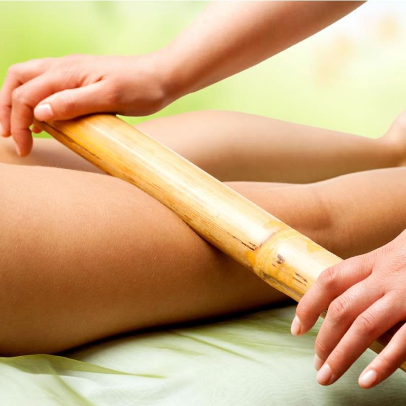 Massagem com Bamboo