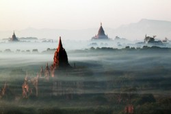 Smithsonian-photo-contest-travel-bagan-Han-Tha