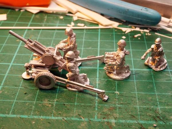 Russian Vaselik auto 82mm mortar & Russian crew
