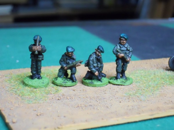 French 120mm mortar crew