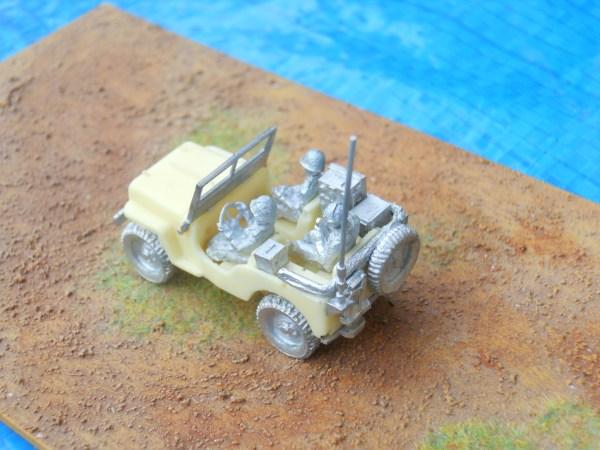 Jeep 3 x USA crew figs & radio
