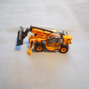 New Holland Tellehandler 1/87th