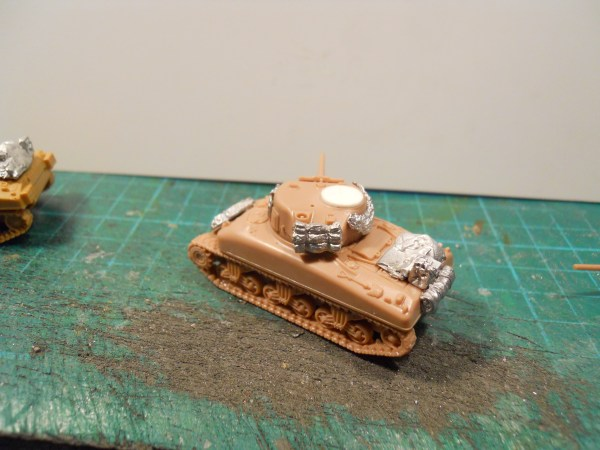 15mm M4 Sherman stowage (single)