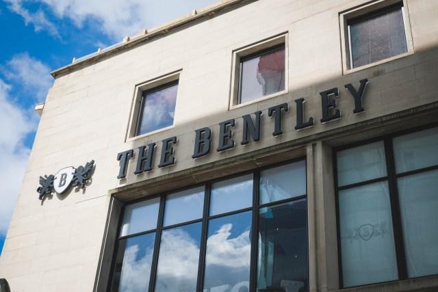 The Bentley - wedding photographer image from Liverpool venue
