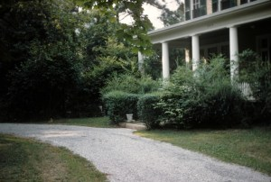 three chopt driveway