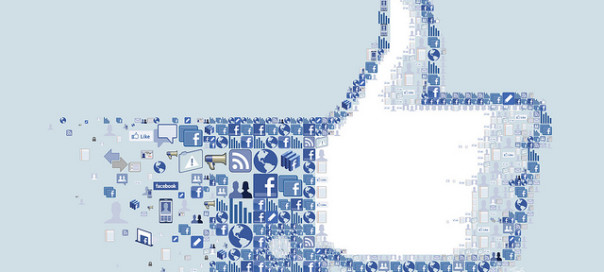 Facebook like image of thumbs up