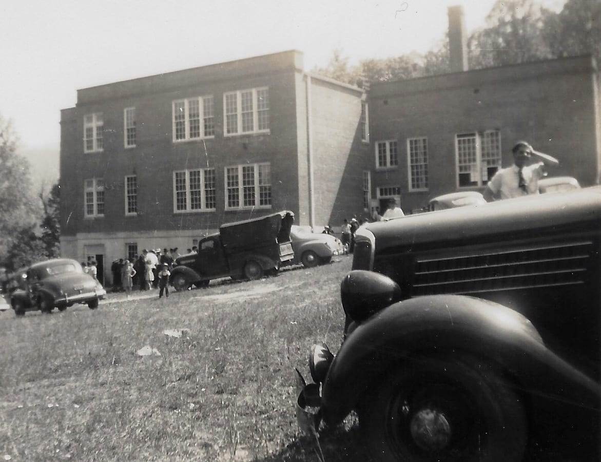 1947 cars and people at school house