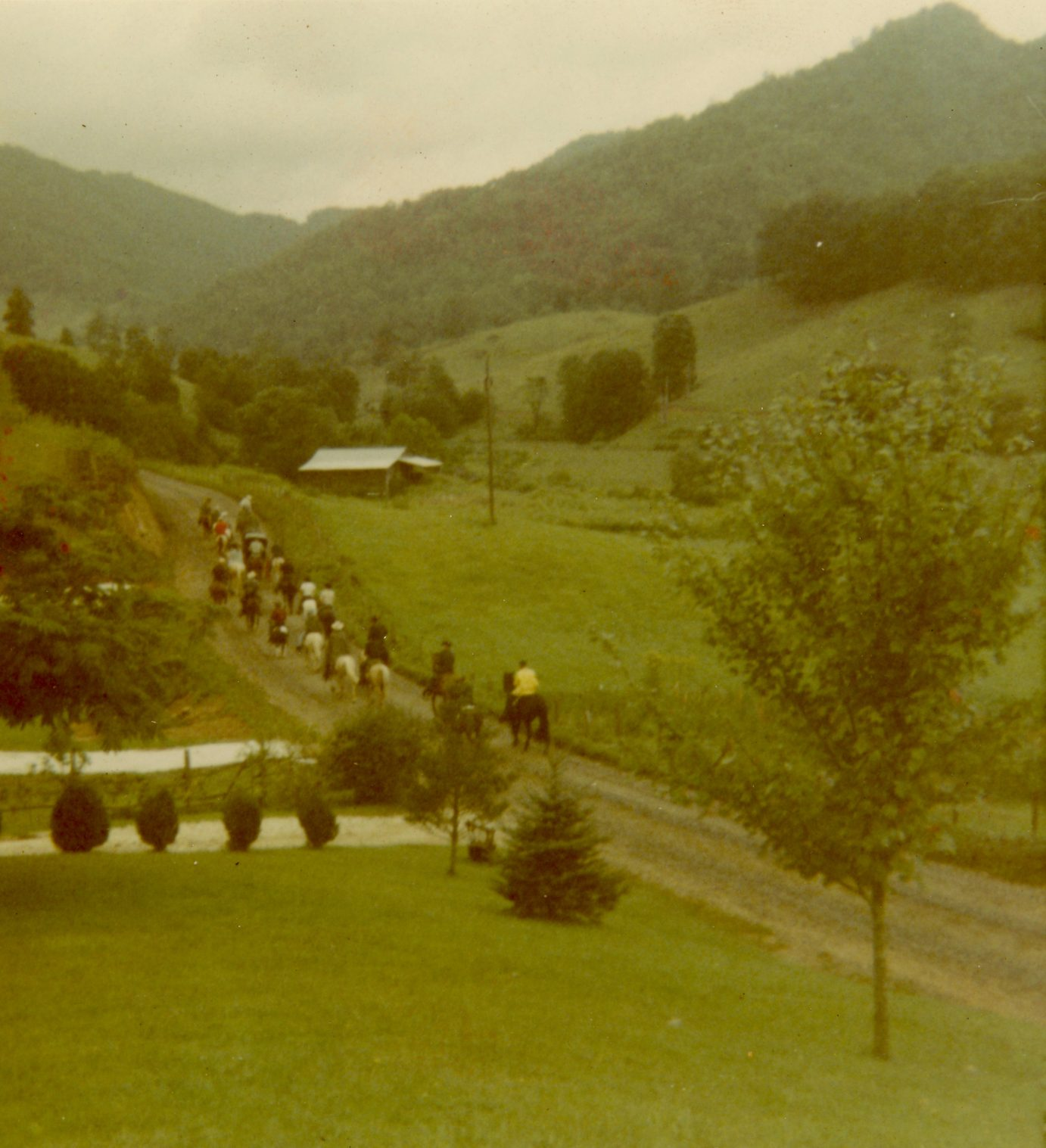 wagon train on willow creek rd