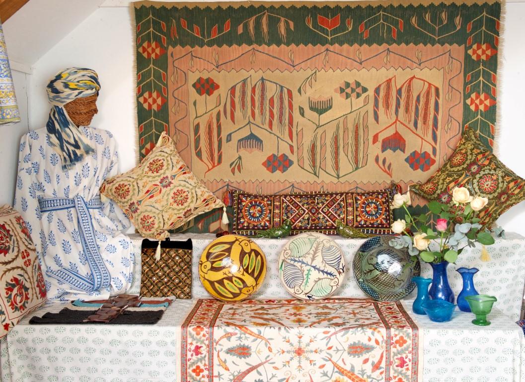 Sandys Oriental Carpets Specialist In Oriental Carpets