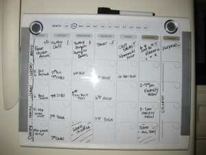 weekly schedule/organizing with a wall calendar/sanespaces.com