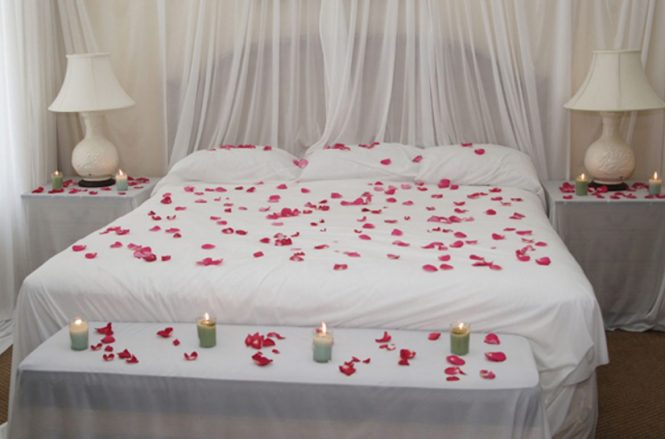 Heart Candles Valentines Day Decoration Ideas