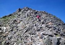 55.岩の墓場という形容詞がぴったり。