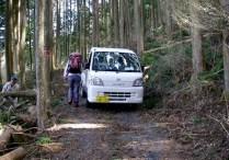 3.林道は車ではすれ違えないこともある。。。