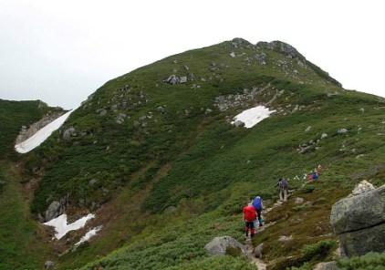 いよいよ山頂への急登。
