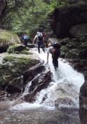 ②小滝を快適に遡行。