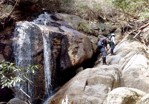 2009年3月21日 自主山行  ヤケギ谷 沢登り(鈴鹿・宮指路岳946m)