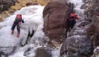 2011年2月19日(土)御在所岳アルファルンゼ-アイスクライミング