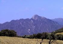 07 鎌ヶ岳の秀峰。