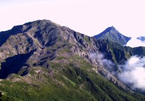 13  間ノ岳と北岳