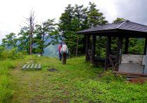 08 小八郎岳を後に出発