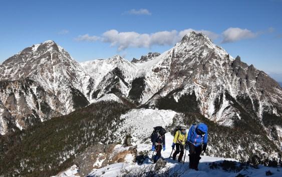 編笠山(2,523m)、権現岳(2,715m)