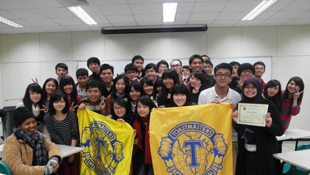 [Kisah] Keep living, keep on dreaming : NTUST Outstanding youth award 2012 -Part 1- (3/6)