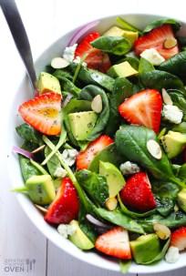 strawberry-and-avocado-spinach-salad-51