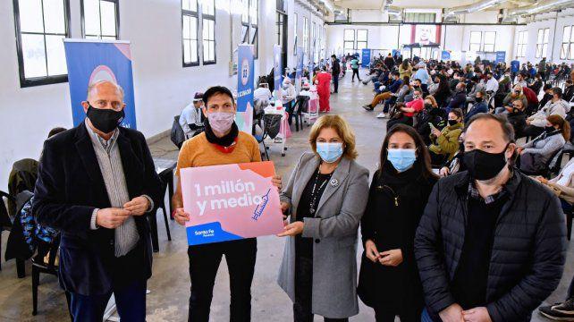 Perotti: «El 75% de todos los inscriptos en la provincia ya están vacunados»