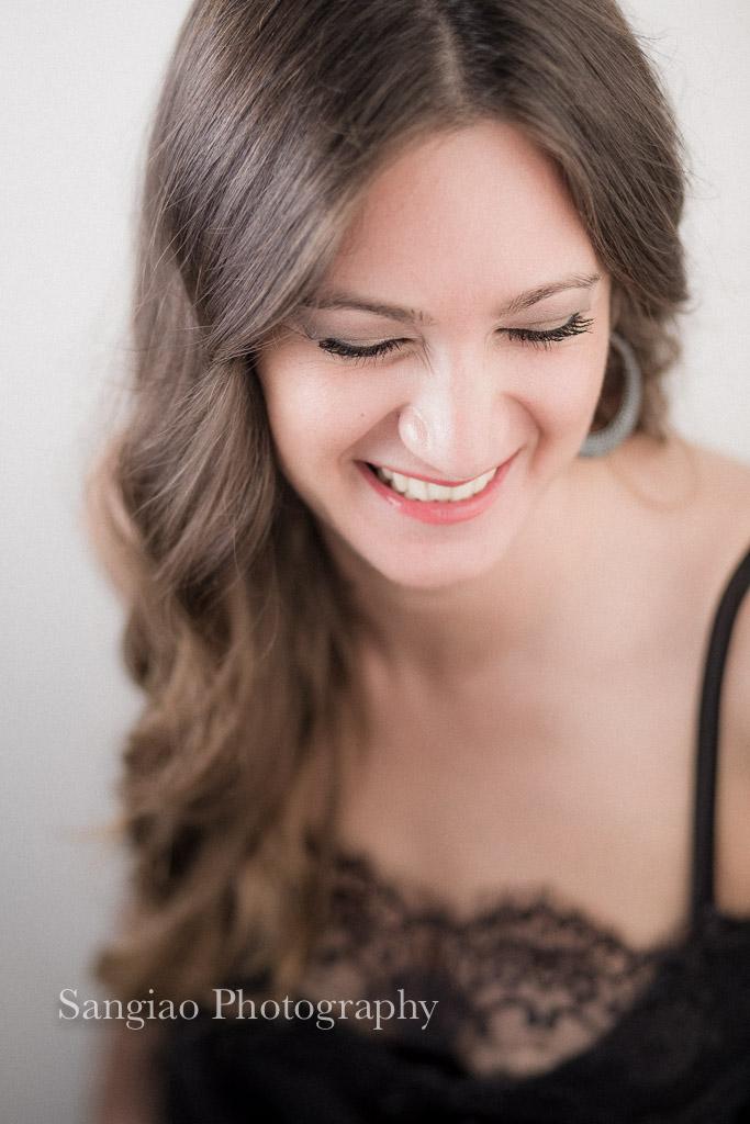 sonrisa sensual fotografia boudoir