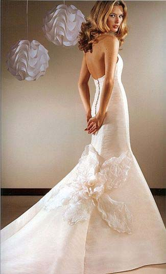 modern wedding dresses gowns trend