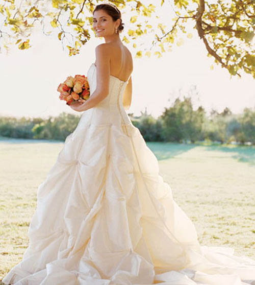 modern wedding dresses trend