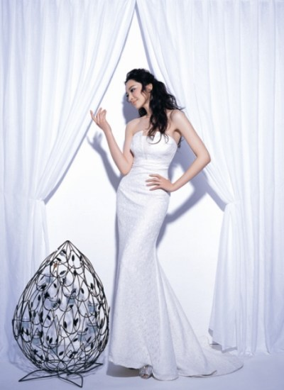 white strapless silk wedding dress