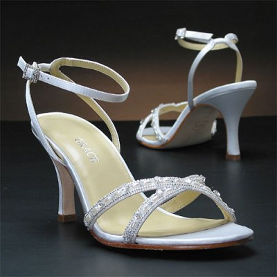 high heel silver bridal shoes trend 2011