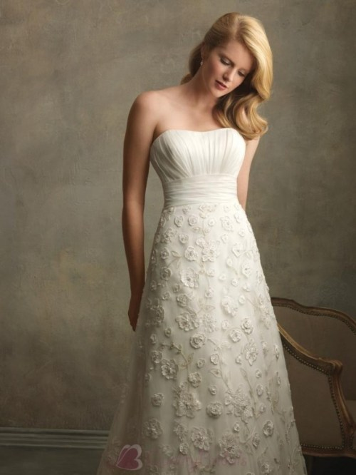 ivory sweetheart neckline vintage lace wedding dresses with a-line silhouette