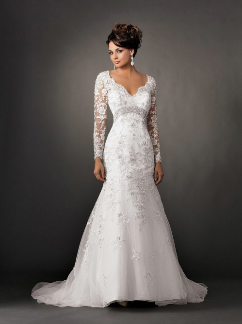lace wedding dress with long sleeves and a-line