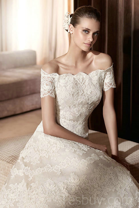 vintage lace off the shoulder wedding dress with a-line