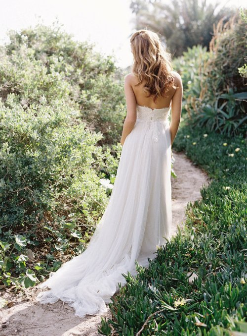 simple chiffon country wedding dress dress with long train