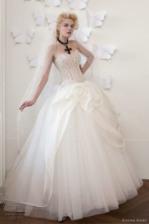 princess sweetheart neckline wedding dress with corset