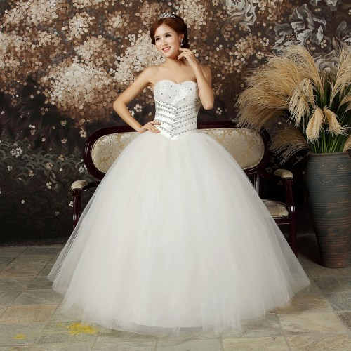 princess sweetheart neckline wedding dress with diamonds