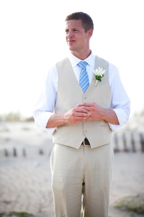 cool beach wedding attire for groom