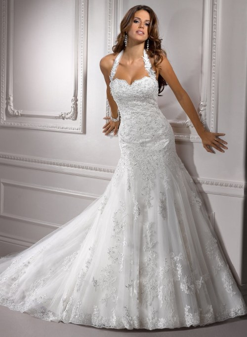 floor length mermaid wedding dress with halter neckline