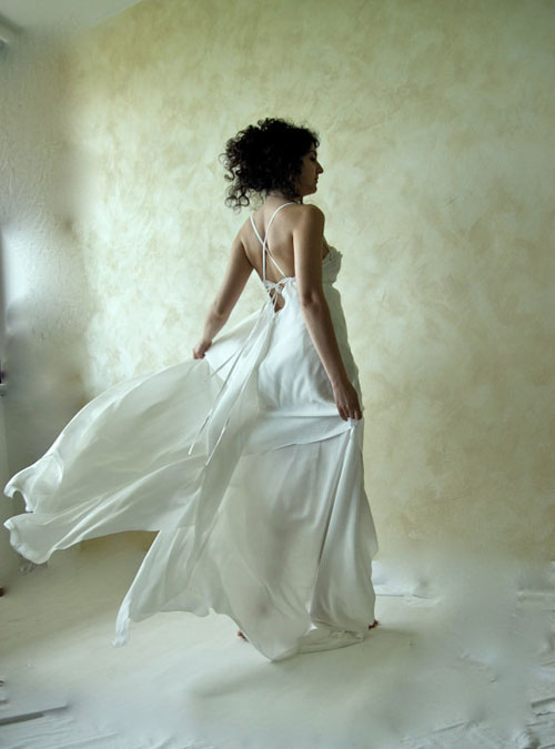 unusual wedding dress with open back