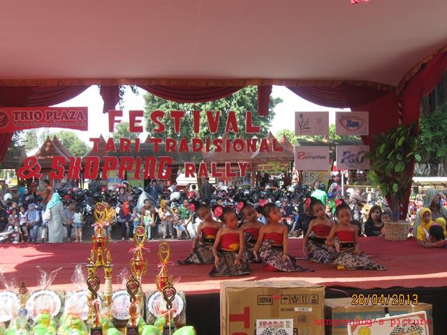 Fest Tari1