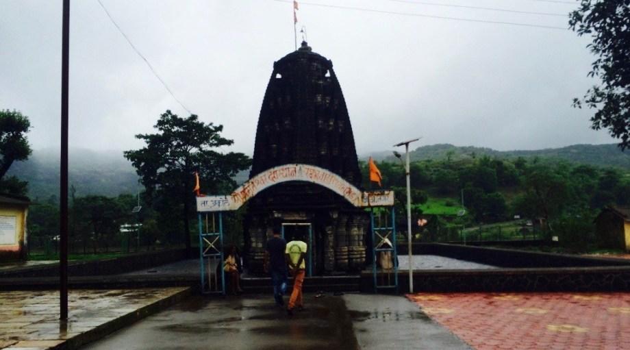 Amriteshwar temple bhandardara