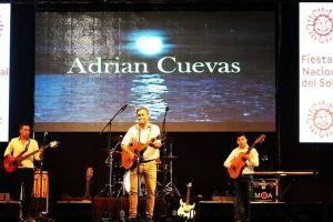 """""""Huellita de mi Bandera"""" de Adrián Cuevas"""